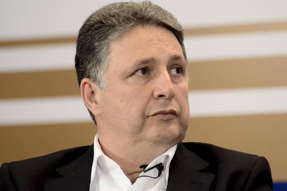 Anthony Garotinho, durante candidatura ao governo do Rio de Janeiro, participa de encontro promovido pela Fecomércio, no Rio de Janeiro