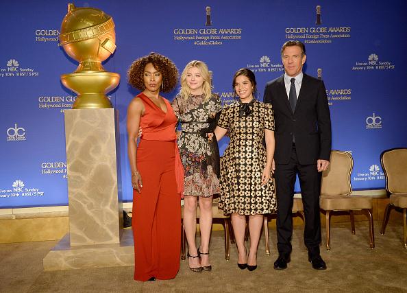 (E-D Angela Bassett, Chloe Grace Moretz, America Ferrera e Dennis Quaid (Foto: Kevork Djansezian/Getty)