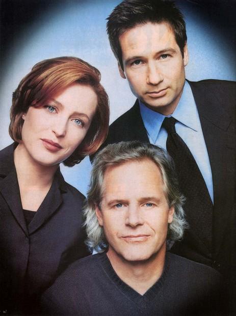 Gillian, Chris e David em 'Arquivo X' (Fotos: Fox/Arquivo)