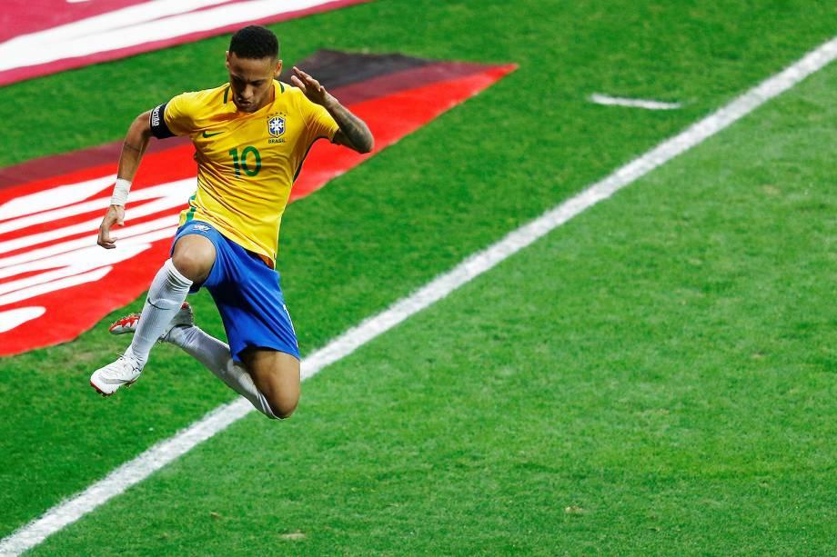 Neymar comemora o 2º gol do Brasil durante a partida contra a Argentina, válida pela 11ª rodada das eliminatórias Sul-Americanas da Copa de 2018, no estádio do Mineirão, na cidade de Belo Horizonte (MG) - 10/11/2016