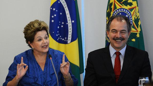 brasil-universidades-educacao-dilma-mercadante-20130605-01-size-598