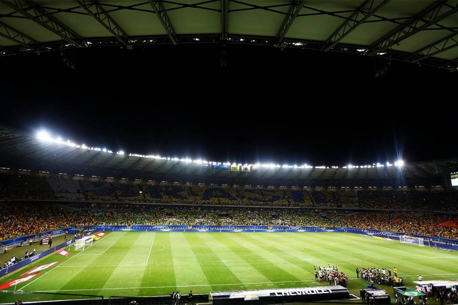 Público durante a partida entre Brasil e Argentina, válida pela 11ª rodada das eliminatórias Sul-Americanas da Copa de 2018, no estádio do Mineirão, na cidade de Belo Horizonte (MG) - 10/11/2016