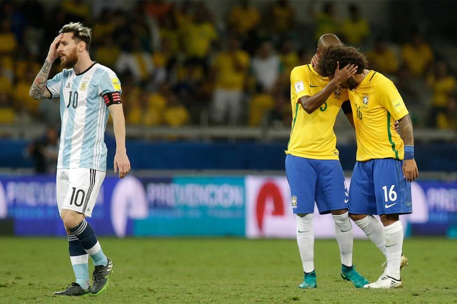 Jogadores do Brasil após a partida contra a Argentina, válida pela 11ª rodada das eliminatórias Sul-Americanas da Copa de 2018, no estádio do Mineirão, na cidade de Belo Horizonte (MG) - 10/11/2016
