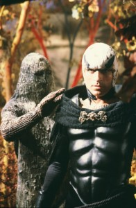 Thom como Falcão em 'Buck Rogers no Século 25' (Foto: NBC/Arquivo)