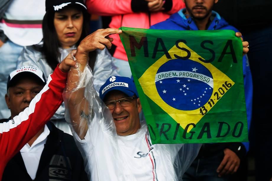 Público durante o Grande Prêmio do Brasil de Fórmula 1, realizado no Autódromo de Interlagos, zona sul de São Paulo (SP) - 13/11/2016
