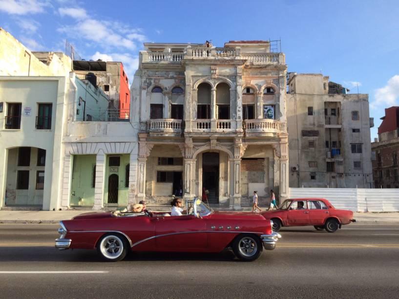 Movimentação nas ruas de Havana, em Cuba, após morte de Fidel Castro