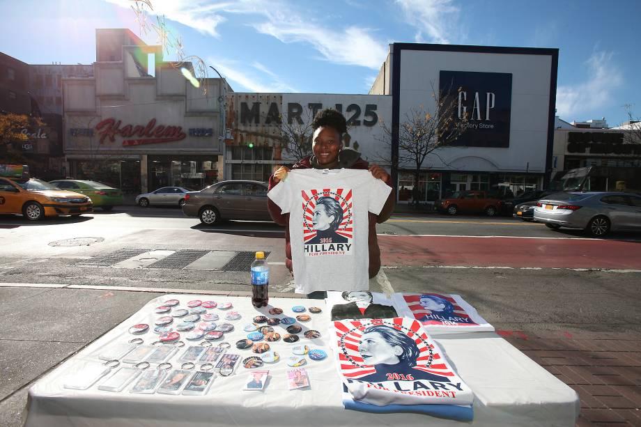 Vendedores durante a eleição presidencial de 2016 nos Estados Unidos - 08/11/2016