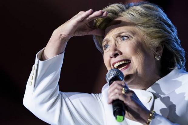 Hillary Clinton em debate com Donald Trump (Foto: Brendan Smialowski/ Getty Images)