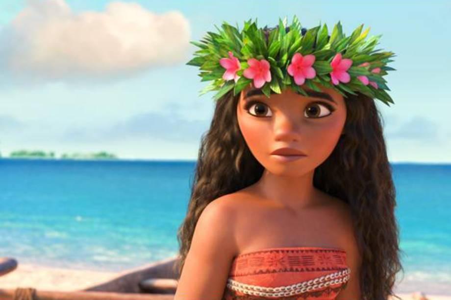 Moana (voz original de Auli'i Cravalho) chega para reforçar novos padrões de princesas da Disney