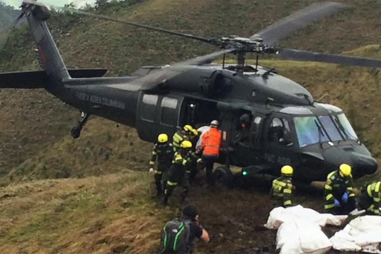 Trabalho de resgate das vítimas do voo que transportava parte da delegação da Chapecoense, que iria disputar o jogo de ida da final da Copa Sul-Americana, em Medellín, na Colômbia - 29/11/2016