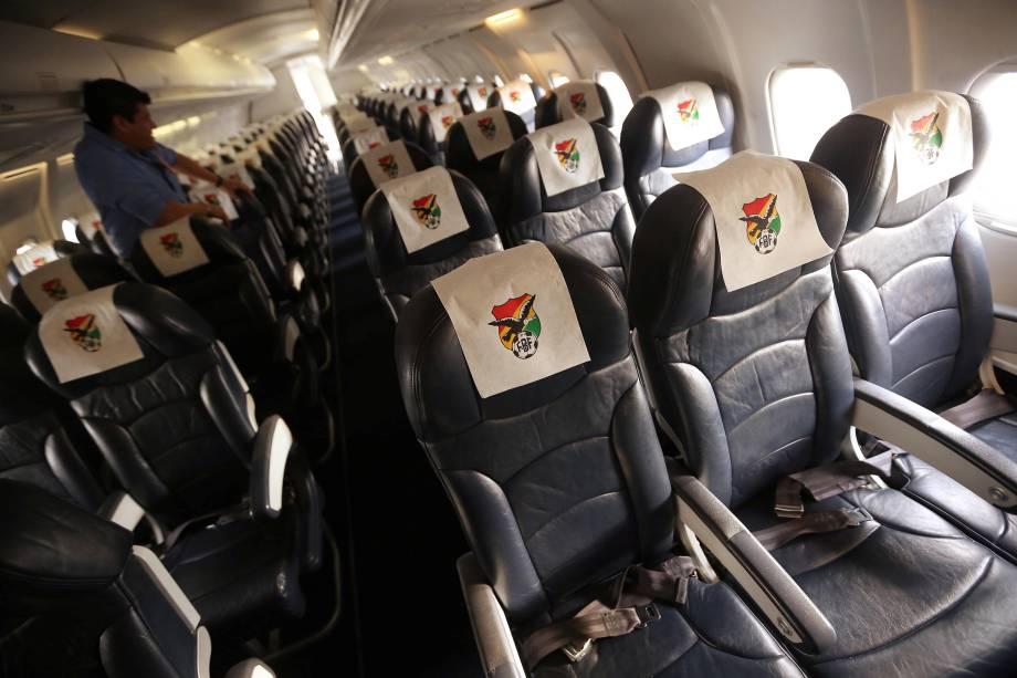 Interior da aeronave da Lamia que transportava a equipe da Chapecoense