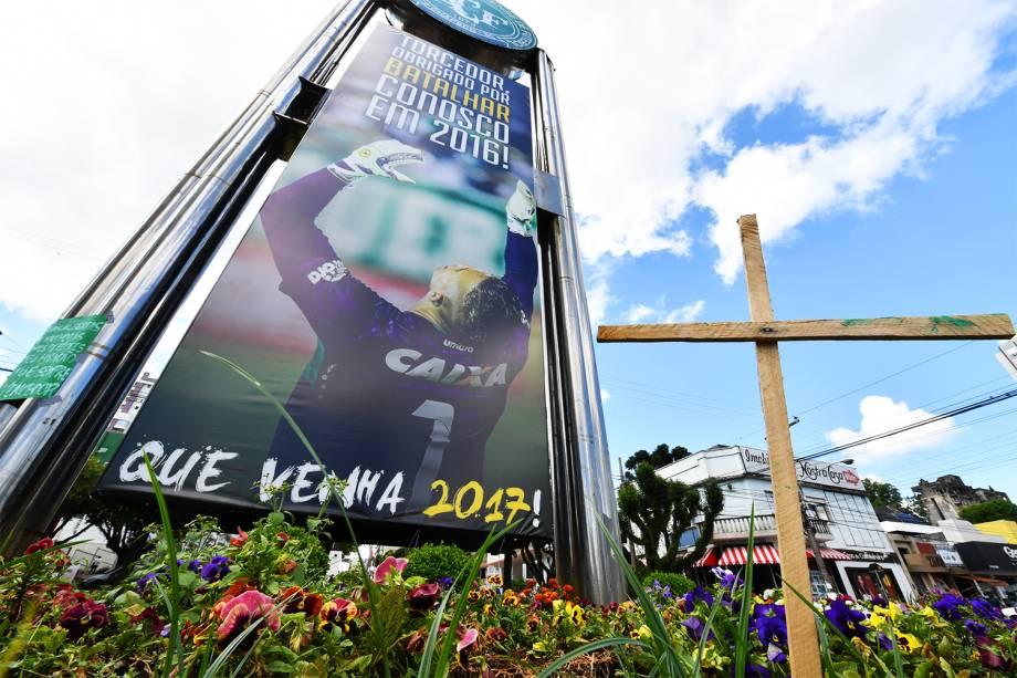 Chapecoense agradece torcedores pelo apoio obtido em 2016, em placa colocada em Chapecó (SC) - 29/11/2016