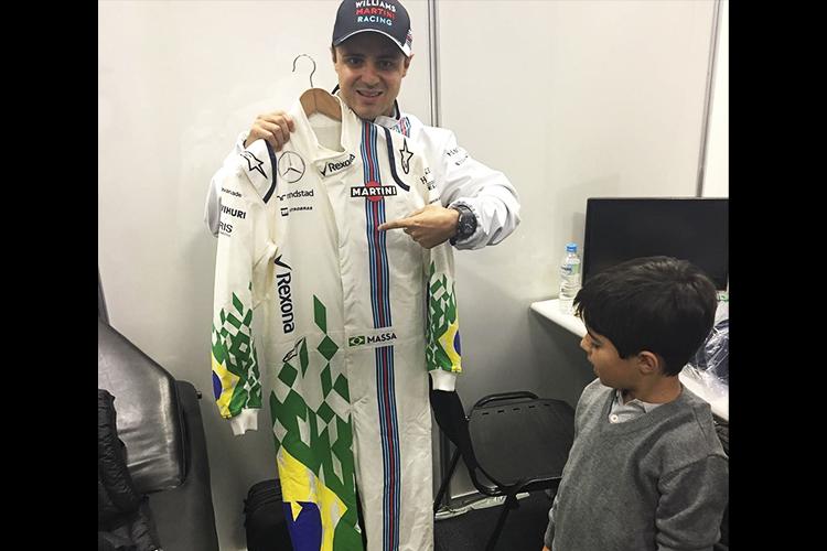 Macacão do piloto brasileiro Felipe Massa, no Grande Prêmio do Brasil de Fórmula 1, realizado no Autódromo de Interlagos - 13/11/2016