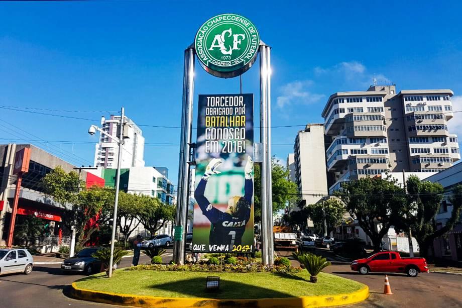 Movimentação na cidade de Chapecó-SC após o acidente que vitimou atletas e comissão técnica da Chapecoense na Colômbia