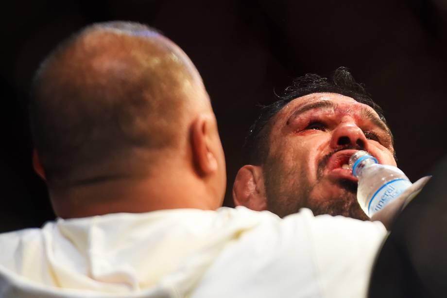 Rogério Minotouro é nocauteado por Ryan Bader no UFC Fight Night, realizado no Ginásio do Ibirapuera, em São Paulo (SP) - 20/11/2016