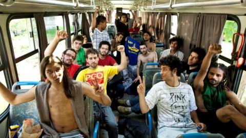 VANGUARDA DO RETROCESSO - Maiorias silenciosas da USP e das universidades brasileiras, respondam: vocês se sentem representadas por eles? Você encontram neles a sua ética? Vocês encontram neles a sua estética? Representam eles o futuro? Não lhe parece que eles são a vanguarda da década de... 60?