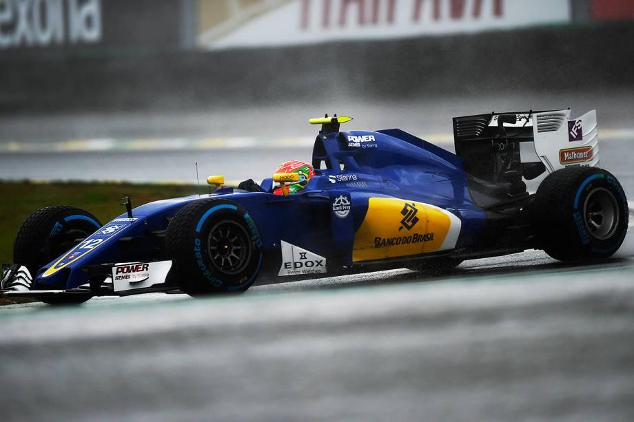 O piltoo brasileiro Felipe Nasr, da equipe Sauber,  durante o Grande Prêmio do Brasil de Fórmula 1, realizado no Autódromo de Interlagos - 13/11/2016