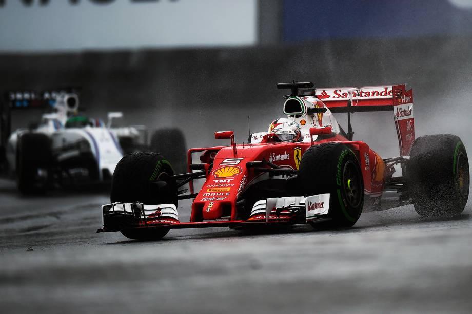 O piloto Sebastian Vettel, da equipe Ferrari,durante o Grande Prêmio do Brasil de Fórmula 1, realizado no Autódromo de Interlagos - 13/11/2016