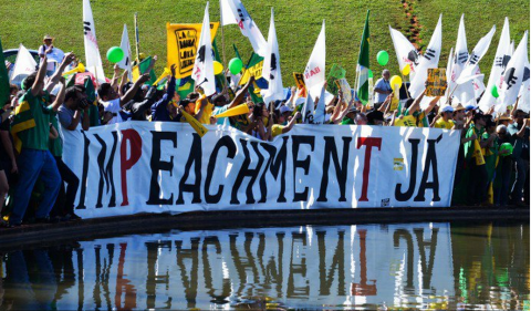 Ato em favor do impeachment promovido pelo Movimento Brasil Livre (Valter Campanaro/Agência Brasil)