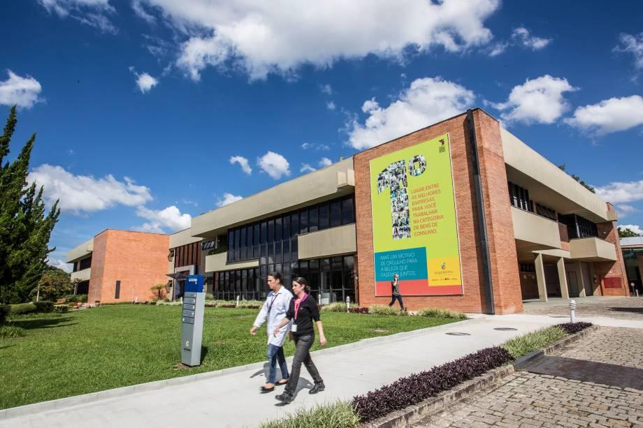 Fábrica do Grupo Boticário em São José dos Pinhais (PR)
