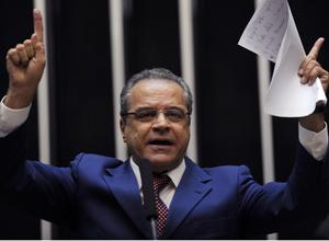 Em rota de colisão com Dilma