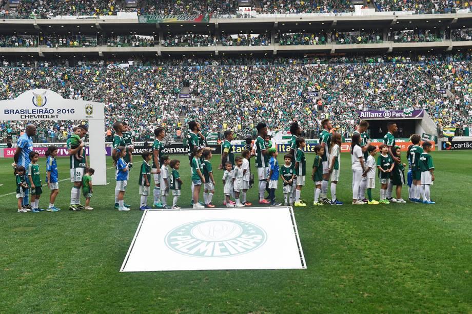 Jogadores do Palmeiras durante partida contra a Chapecoense no Allianz Parque, em São Paulo
