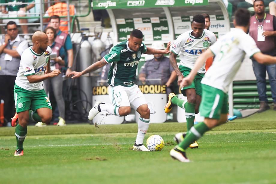 Gabriel Jesus, do Palmeiras, durante partida contra a Chapecoense, pela penúltima rodada do Brasileirão, em São Paulo
