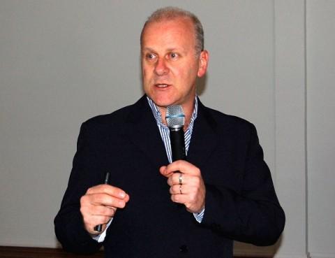 José Fernando Schlosser, o autor do memorando absurdo