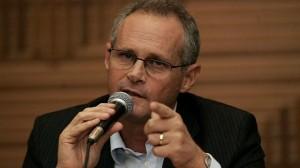 Jose-Mariano-Beltrame-secretario-estadual-de-Seguranca-do-Rio-size-598