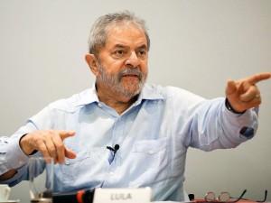Lula questionou por que só as doações para o PT foram propina