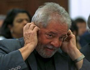 Lula: bug em documentos sobre ex-presidente