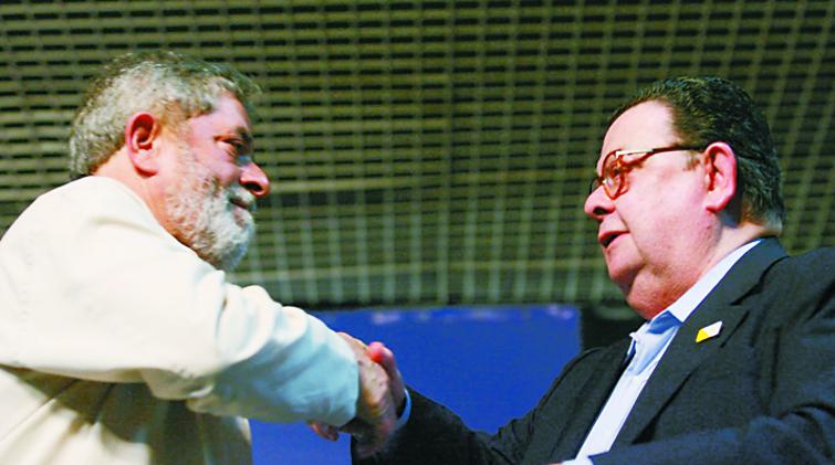 Delfim Netto, o garoto de recados de Lula | VEJA