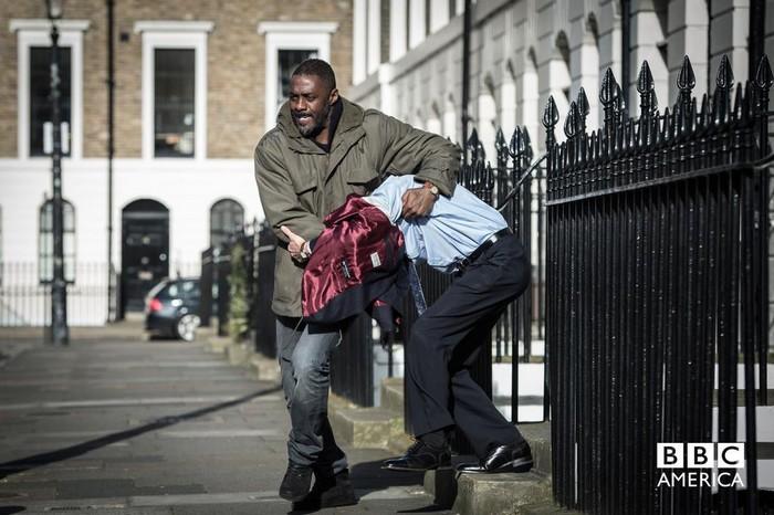 Idris Elba no especial de 'Luther'