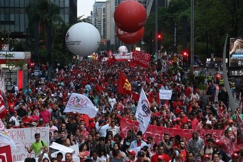 Manifestação CUT MTST