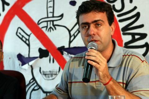 ...campanha de Marcelo Freixo, aquele que nunca tem nada com isso