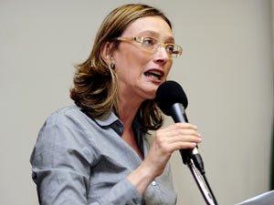 Maria do Rosário: ela atira primeiro e só pergunta depois
