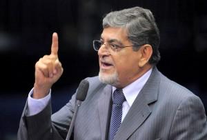 Mario Couto versus Jader: é guerra