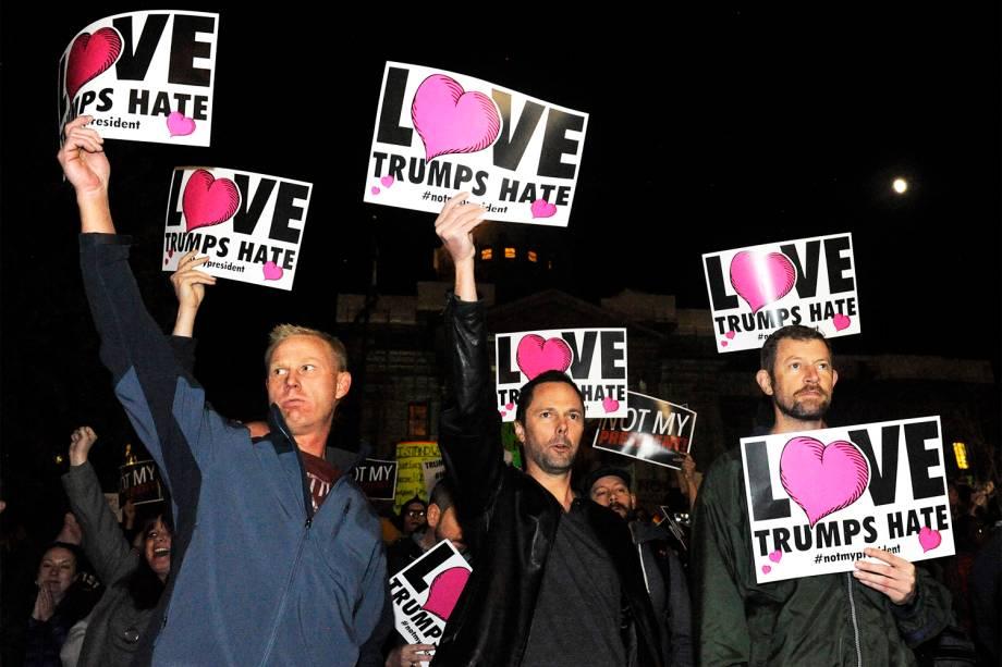 Manifestantes realizam protesto contra a vitória do republicano Donald Trump nas eleições presidenciais americanas, em Denver, no estado do Colorado - 10/11/2016