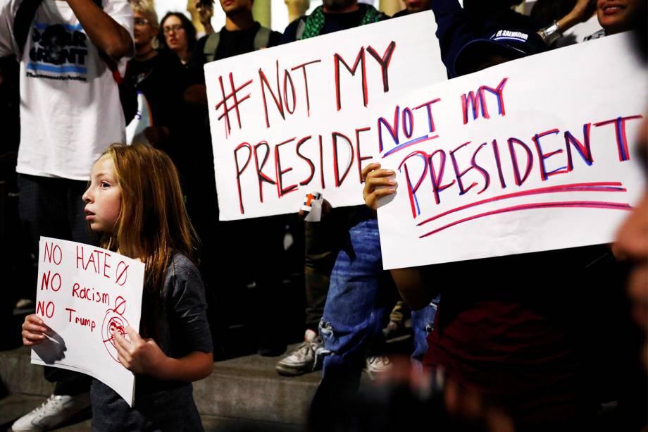 Protesto contra a vitória do republicano Donald Trump nas eleições presidenciais americanas, em Los Angeles - 10/11/2016