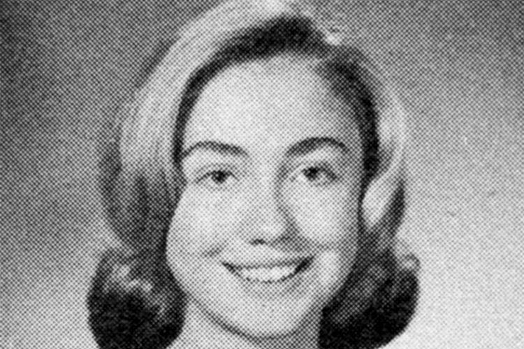Retrato de Hillary Clinton em colégio de Park Ridge, no estado americano de Illinois - 1965
