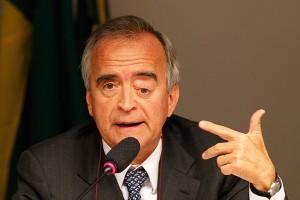 CERVERÓ- Dilma nunca explicou por que o recontratou em 2011 se sabia da bagunça de Pasadena fazia tempo