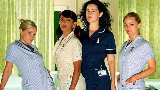 Elenco da série britânica 'No Angels'  (Foto: Channel 4/Arquivo)
