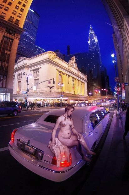 """Limusine em Nova York cria o choque de """"realidades"""""""