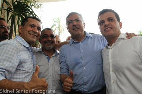 A partir da esquerda, Luiz Moura, Senival Moura e Padilha: tudo positivo, moçada!!!