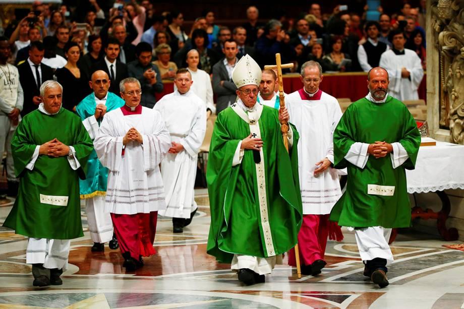 Papa Francisco recebe detentos durante celebração do Jubileu dos Reclusos, no Vaticano