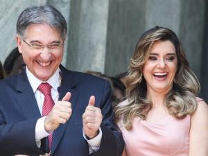 Pimentel e Carolina: primeira-dama vai depor na PF