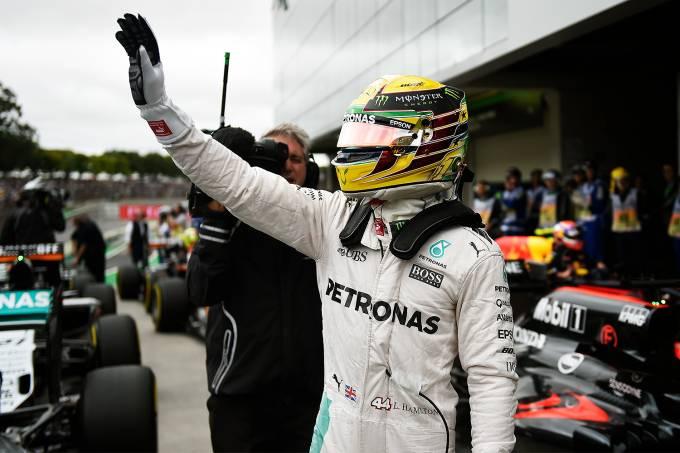 Lewis Hamilton conquista pole-position no GP do Brasil de Fórmula 1