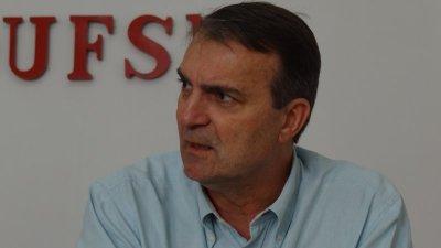 Paulo Burmann: justificativa foi desmoralizada pelo MEC. Tem de deixar a reitoria