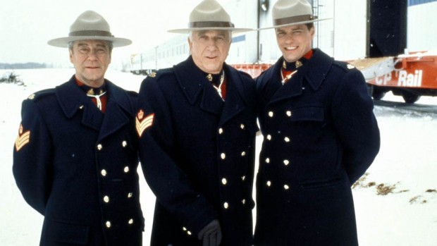(E-D) Gordon Pinsent, Leslie Nielsen e Paul Gross