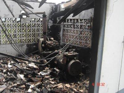 A casa-de-máquinas também não escapou: fogo